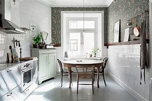 decoration murale bien habiller les murs marie claire With kitchen colors with white cabinets with papier peint décoration murale