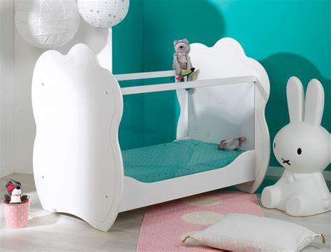chambre bebe plexiglas chambre bébé blanc plexiglas altéa chambre
