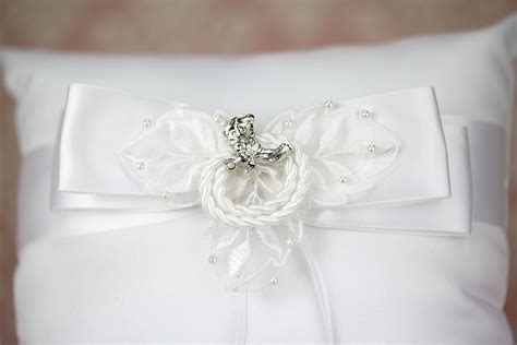 western cowboy lasso wedding ring bearer pillow wedding