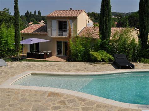 louer maison avec piscine location vacances vaison la romaine avec piscine