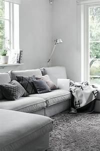 le gros coussin pour canape en 40 photos With tapis de marche avec plaid pour canapé gris