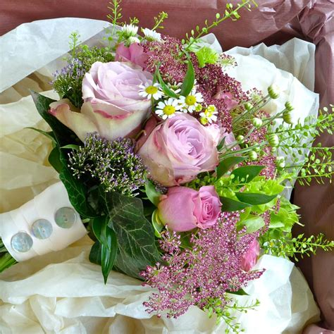 bridal flower bouquets  gallery  beautiful arrangements