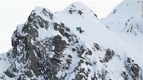 Climber Dean Potter Dies Yosemite Base Jump Attempt