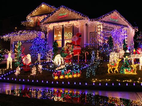 best christmas light displays buyers guide for the best outdoor christmas lighting diy