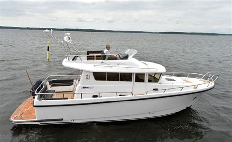 Best Boat For Family Of 5 five of the best family powerboats boats