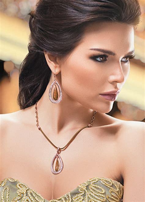 Купить украшение - Серьги с бриллиантом и сапфиром всего..