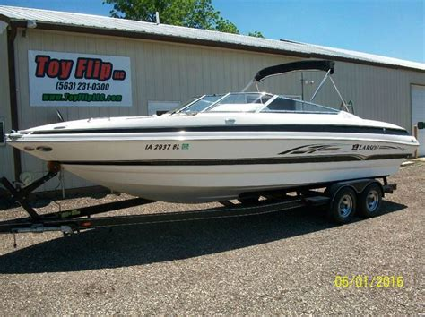 Larson Boats Llc Phone Number by 2005 Larson 268 Lxi Lxi In Cascade Ia Flip Llc