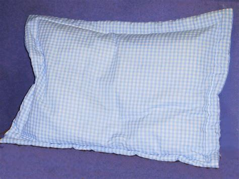 Gingham Pillow Shams (fits Crib, Standard, Queen And King
