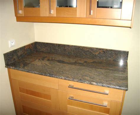 plan travail cuisine granit cuisine plan de travail de cuisine classique fonc en