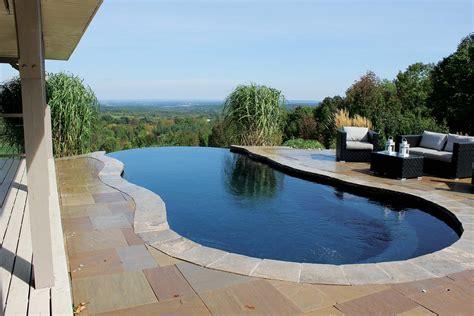 beauty  vanishing edge pools