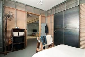 Porte Industrielle Coulissante : chambre style industriel en 36 id es de chic brut authentique ~ Teatrodelosmanantiales.com Idées de Décoration