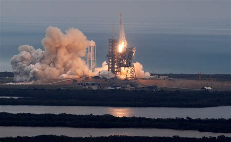 SpaceX Falcon rocket blasted off on Sunday from a Florida ...