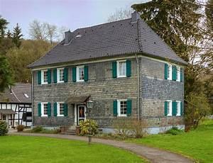 Haus Kaufen Mit Wenig Eigenkapital : haus wikipedia ~ Michelbontemps.com Haus und Dekorationen