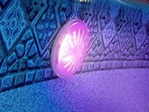 Lumiere Piscine Hors Sol : projecteur led pour piscine acier gr ampoule couleur ~ Dailycaller-alerts.com Idées de Décoration