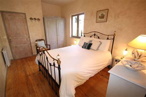chambres d hotes pezenas chambre d 39 hôtes élégante proche pézenas avec piscine et