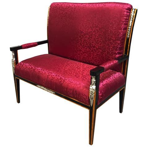 canapé de style canapé de style empire tissu satiné et bois laqué