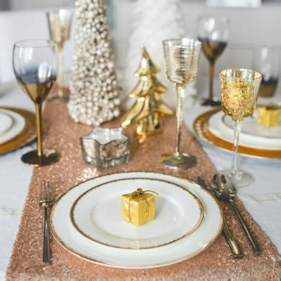 A traditional christmas lunch isn't necessarily a perfect christmas lunch. Non Traditional Christmas Meals Ideas : 60 Best Christmas Dinner Menu Ideas Easy Holiday Dinner ...