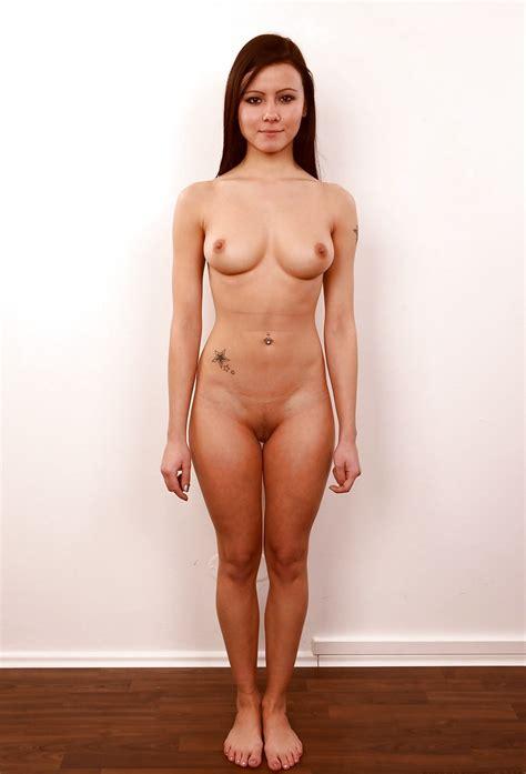 Ordinary Nude Girls Posing 25 Pics Xhamster