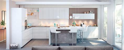 cuisine sans poign馥 emejing cuisine contemporaine blanche ideas design trends 2017 shopmakers us