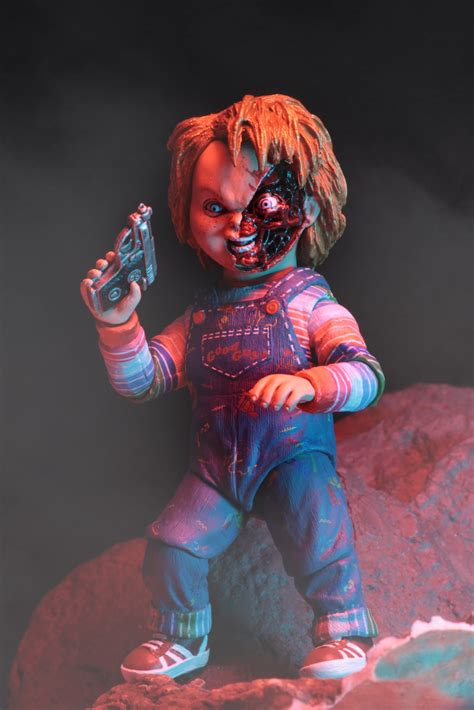 chucky  scale action figure ultimate chucky