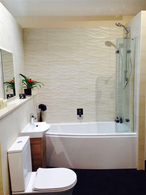 advice  small compact bathroom display
