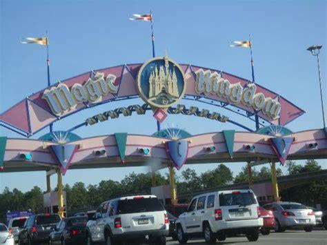 Water rides - Picture of Magic Kingdom, Orlando - TripAdvisor