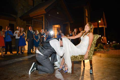 wedding photography reception tips   shoot open air