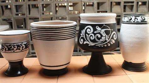 berburu kerajinan keramik plered purwakarta viva