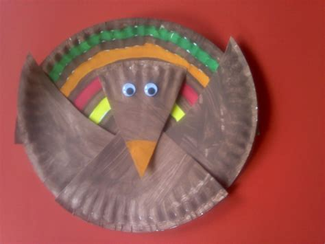 crafts  preschoolers paper plate turkey craft