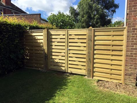 kents specialists  fencing