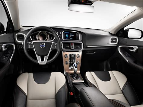 Volvo V40 Cross Country Modification by Volvo V40 Cross Country 2016 Pictures Photos