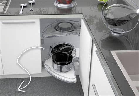 plateau le mans cuisine les colonnes de cuisine extractibles comment les choisir