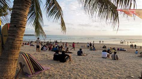 wisata bali pantai kuta paket  jogja murah objek
