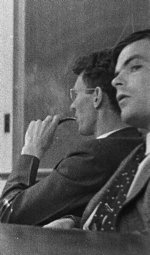Alan Turing Scrapbook - Beyond the Turing Machine | Alan