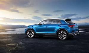 T Roc Volkswagen : vw t roc revealed news photos specs prices by car magazine ~ Carolinahurricanesstore.com Idées de Décoration