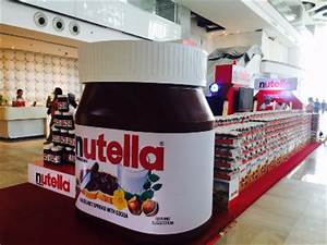 Giant Nutella on their Pop Up Store! - Hello! Welcome to ...