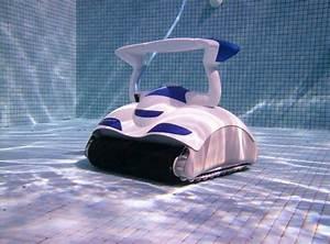 Robot De Piscine Pas Cher : trouver un robot de piscine pas cher ~ Dailycaller-alerts.com Idées de Décoration