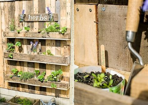 space saving  practical ideas   lovely pallet herb