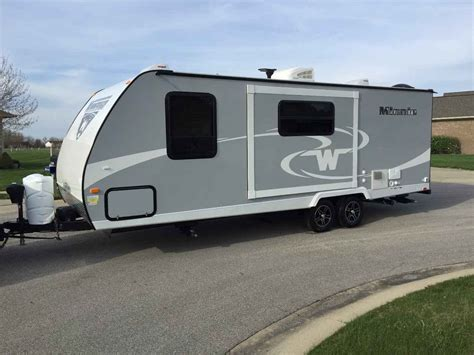 winnebago minnie ds travel trailer  indiana