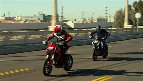 It's Bmw Vs Ducati In 'chips' Remake