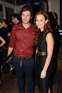 Leighton Meester and Adam Brody married: Blair Waldorf and ...