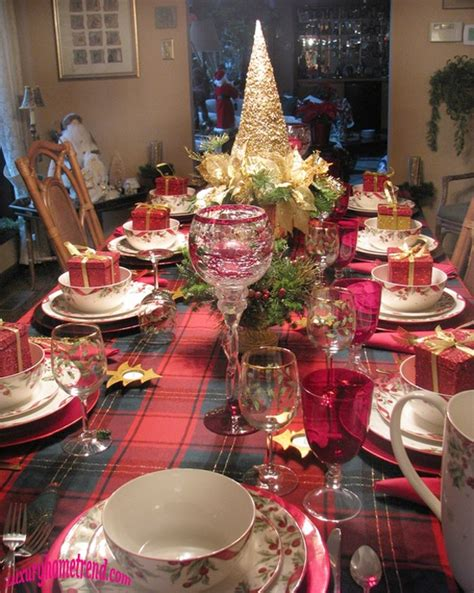 beautiful christmas table decorations  love pink