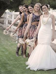 country wedding dresses Tulle & Chantilly Wedding Blog