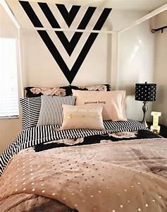 25 Best Ideas About Black Gold Bedroom On Pinterest Black ...