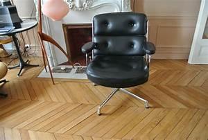 Fauteuil Charles Eames Original : fauteuil eames occasion frisou frisou le blog de l 39 agence cama eu le fauteuil charles eames ~ Nature-et-papiers.com Idées de Décoration