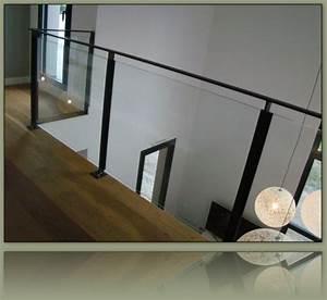 garde corps vitre avec parcloses verticales deco pinterest With ordinary peindre un escalier en bois brut 2 relooker un escalier avec un petit budget deconome