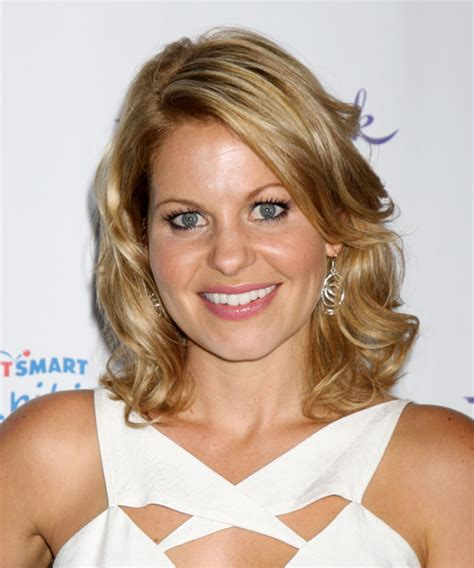 Candace Cameron Bure Medium Wavy Casual Hairstyle Dark