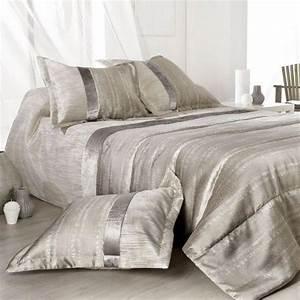 Boutis De Lit : couvre lit boutis ecru linge de lit eminza ~ Teatrodelosmanantiales.com Idées de Décoration