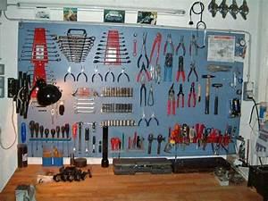 Fabriquer Un établi : se fabriquer un tabli en bois outils pinterest atelier garage atelier et garage ~ Melissatoandfro.com Idées de Décoration