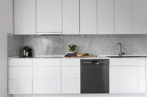 Kā izveidot plūdenu virtuves dizainu? - Skandināvu Virtuves